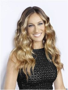 Sarah Jessica Parker's hair full of volume!