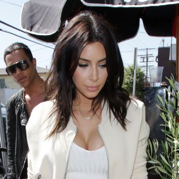 Kim Kardashian S New Short Haircut Hot Or Not Pictures to pin on ...